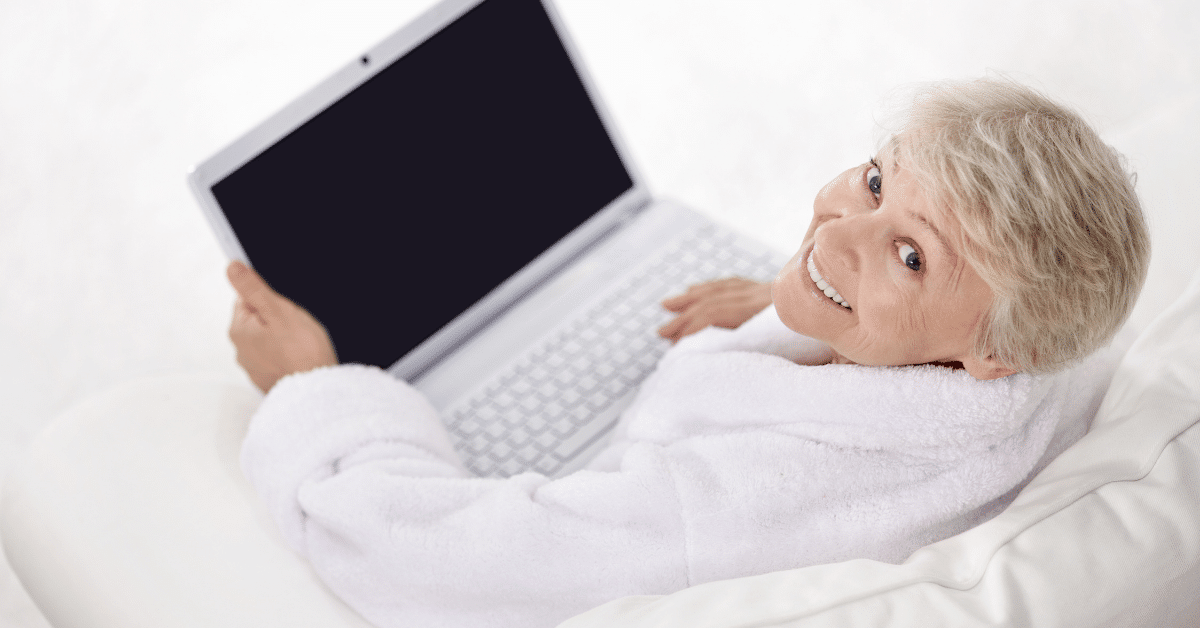 online-jobs-for-seniors-woman-with-computer